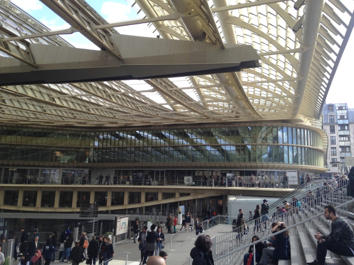 Metropolitan dimension canopy is only the visible part of an urban 500m long underground in major part